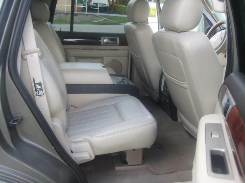 2003 Lincoln Navigator for sale at Planet Automall in Hollywood FL