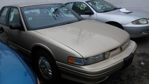 1995 Oldsmobile Cutlass Supreme for sale in Detroit, MI