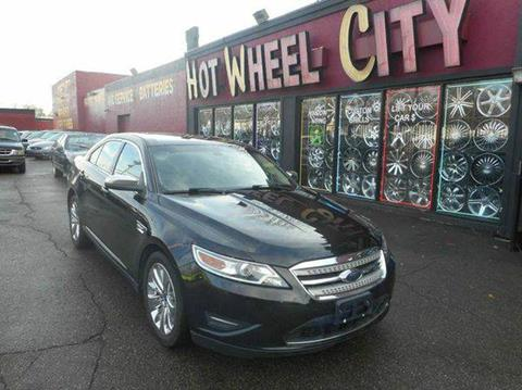 2010 Ford Taurus for sale in Detroit, MI