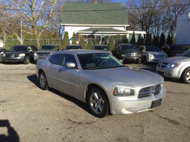 2010 Dodge Charger SXT In Detroit, MI - Oakwood Car Center