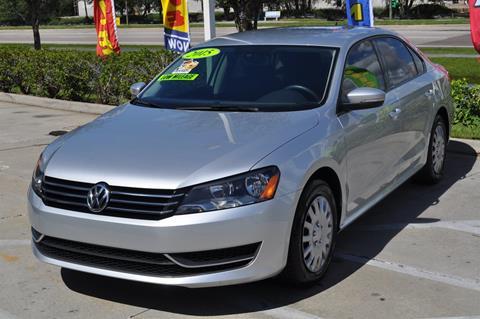 2015 Volkswagen Passat for sale in Tampa, FL