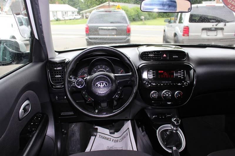2015 Kia Soul 4dr Wagon 6M - Lexington NC