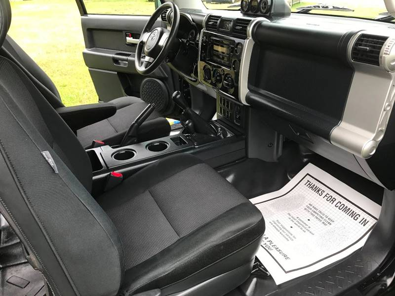 2008 Toyota FJ Cruiser 4x4 4dr SUV 6M - Lexington NC