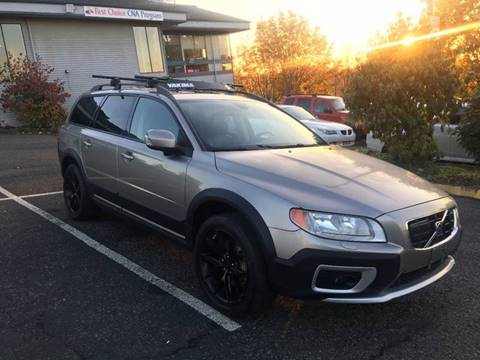 2008 Volvo XC70 for sale at KARMA AUTO SALES in Federal Way WA