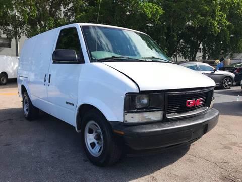 2002 GMC Safari Cargo for sale in Miami, FL