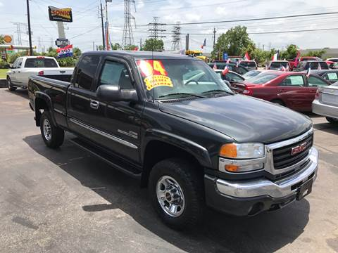 2004 GMC Sierra 2500HD for sale in Kemah, TX