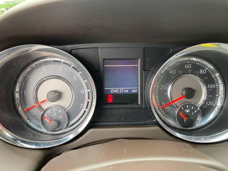 2013 Chrysler Town and Country Touring-L 4dr Mini-Van - Kemah TX