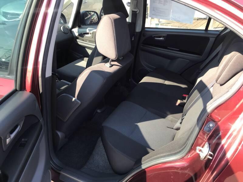 2009 Suzuki SX4 LE 4dr Sedan 4A - Kemah TX