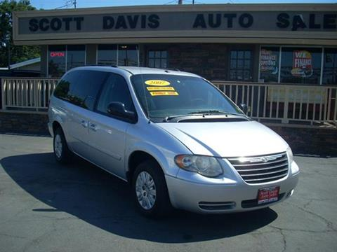 2007 Chrysler Town and Country for sale in Turlock CA