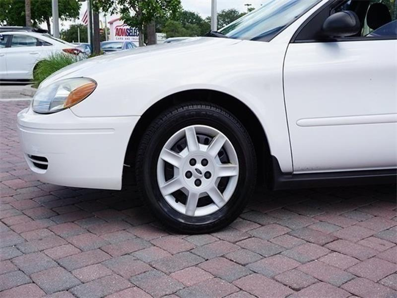 2007 Ford Taurus for sale at Anything On Wheels in Oakland Park FL