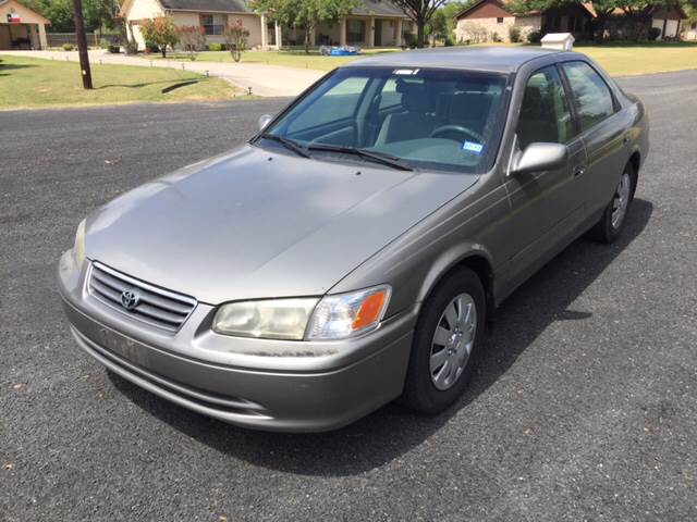 Delightful 2001 Toyota Camry LE