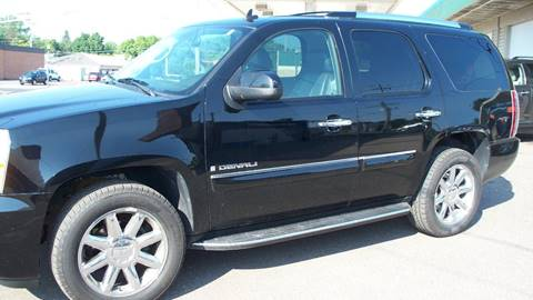 2008 GMC Yukon for sale in Cambridge, MN