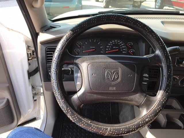 2004 Dodge Dakota for sale at Bridge Street Auto Sales in Cynthiana KY