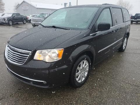 2015 Chrysler Town and Country for sale in Marlette, MI
