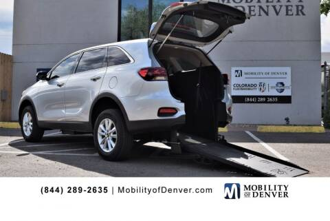 2019 Kia Sorento for sale at CO Fleet & Mobility in Denver CO