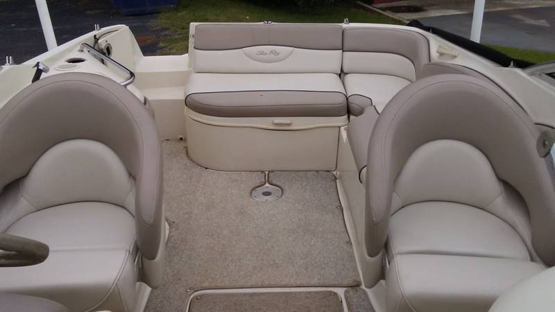 2004 Sea Ray Sun Decker 240 for sale at AFFORDABLE AUTO GREER in Greer SC