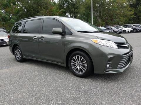 2018 Toyota Sienna for sale in Leesburg, FL