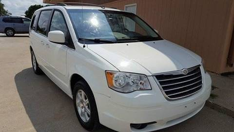 2008 Chrysler Town and Country for sale in Belton, MO