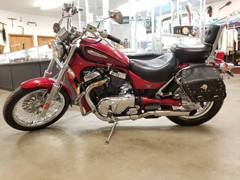 2001 Suzuki Intruder for sale in Defiance, OH