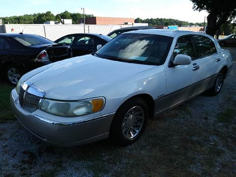 2001 Lincoln Town Car for sale in Mooresville, NC