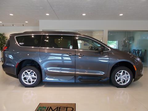 2017 Chrysler Pacifica for sale in Tea, SD
