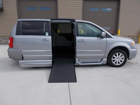 2015 Chrysler Town and Country for sale in Tea, SD