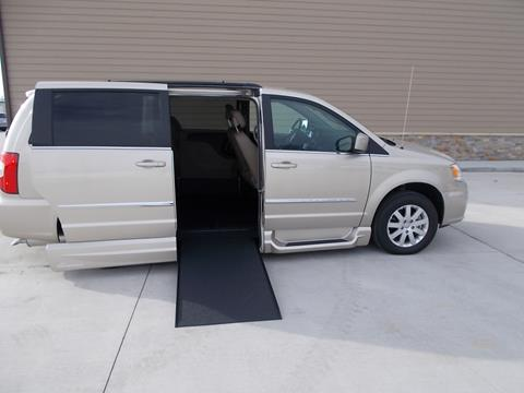 2016 Chrysler Town and Country for sale in Tea SD