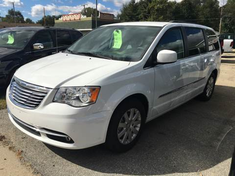 2016 Chrysler Town and Country for sale in Demotte, IN