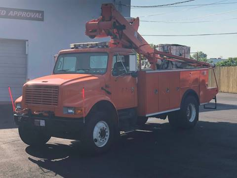 1999 International 4700 for sale in Morrisville, PA