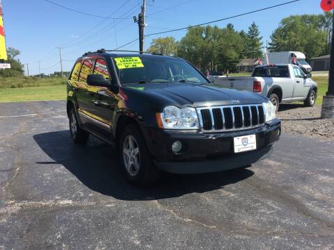 2005 Jeep Grand Cherokee for sale at US 30 Motors in Merrillville IN