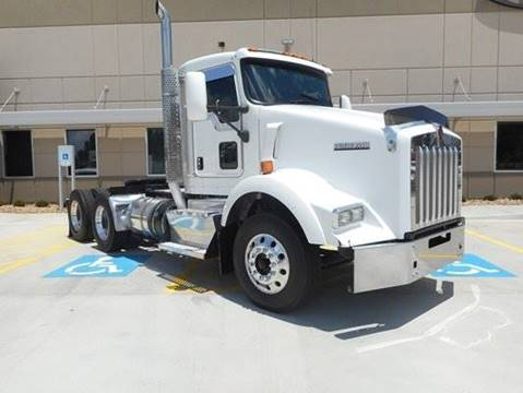 2012 Kenworth T800 for sale in Springfield, MT