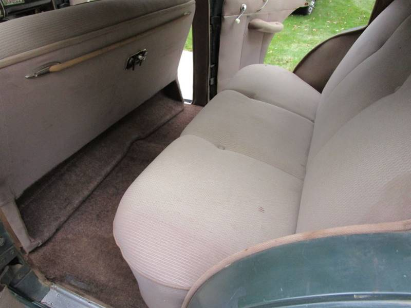 1941 Dodge Luxury Liner 9