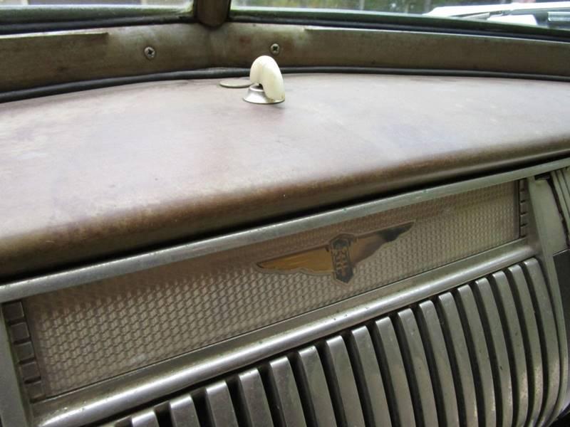1941 Dodge Luxury Liner 38