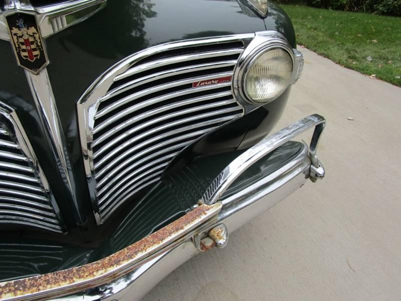 1941 Dodge Luxury Liner 80
