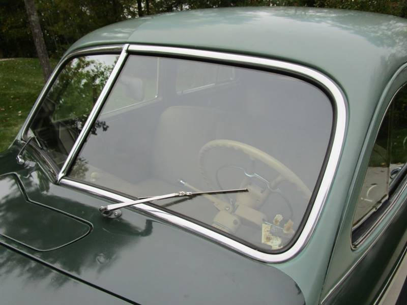 1941 Dodge Luxury Liner 84