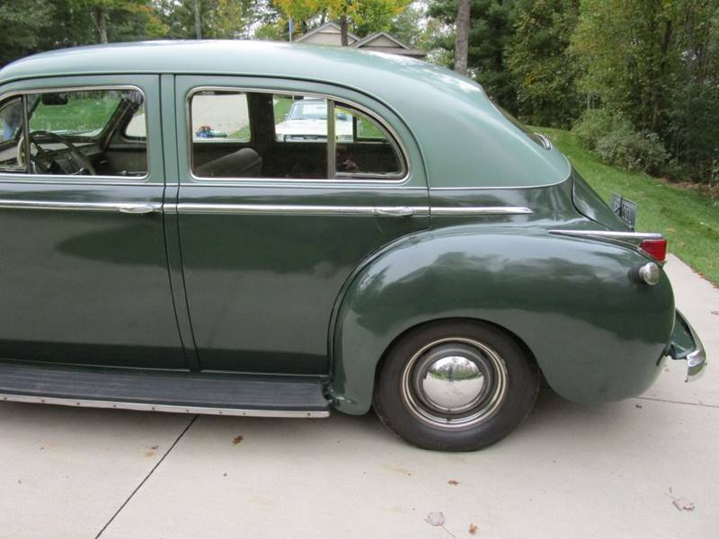 1941 Dodge Luxury Liner 87