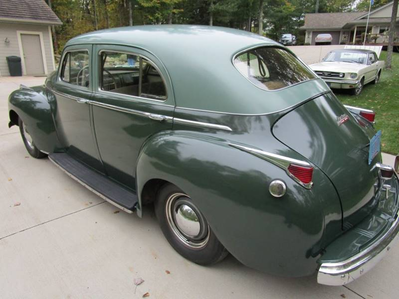 1941 Dodge Luxury Liner 88