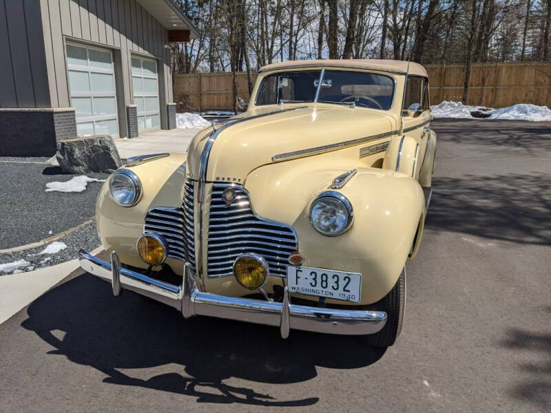1940 Buick Limited 3