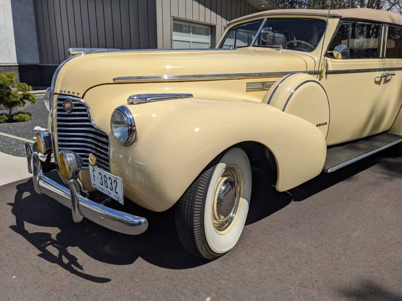 1940 Buick Limited 11