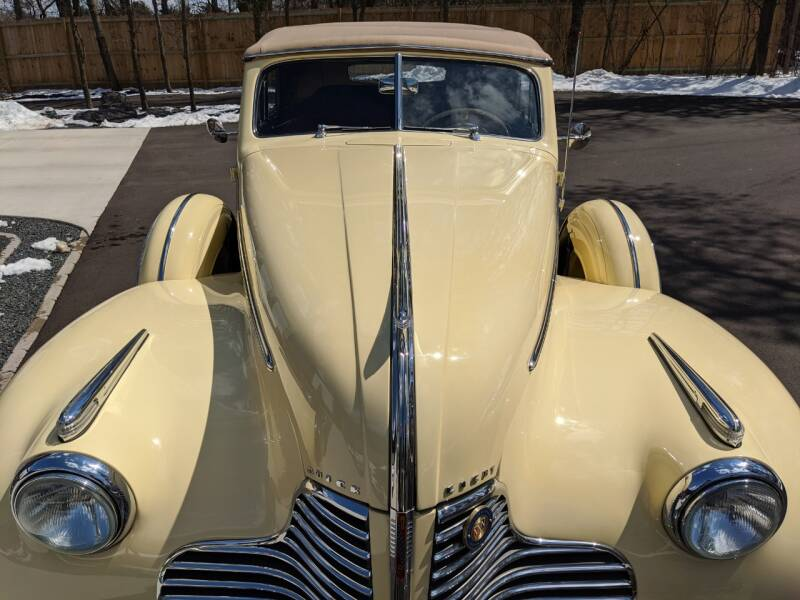 1940 Buick Limited 15