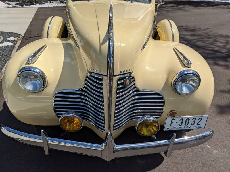 1940 Buick Limited 16