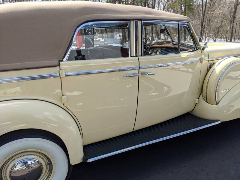1940 Buick Limited 50