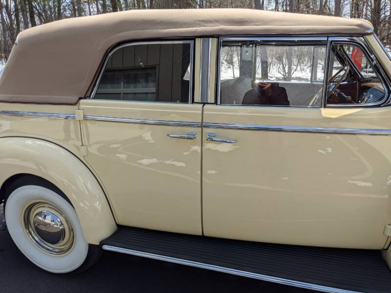 1940 Buick Limited 51