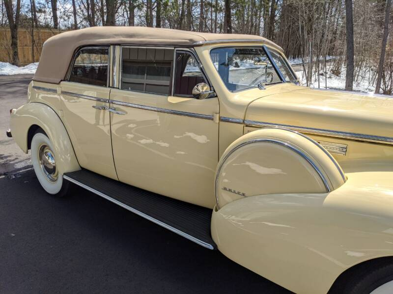 1940 Buick Limited 52