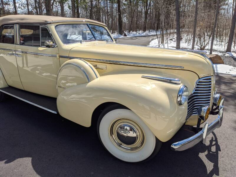 1940 Buick Limited 53