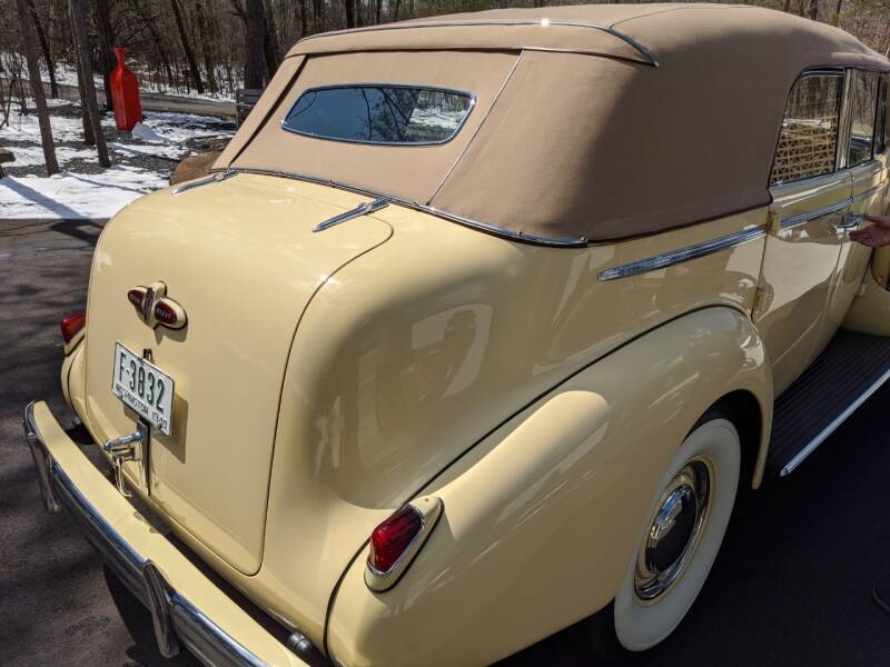 1940 Buick Limited 57