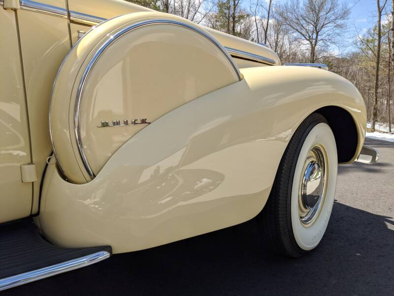 1940 Buick Limited 62