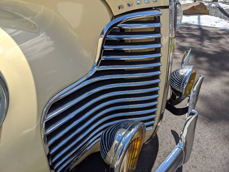 1940 Buick Limited 66