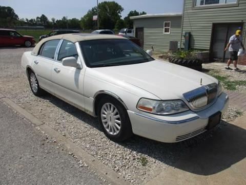 2003 Lincoln Town Car for sale in Fenton, MO