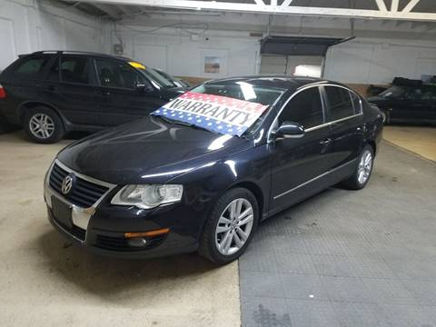 2009 Volkswagen Passat for sale at EDI Auto Sales in Glenview IL